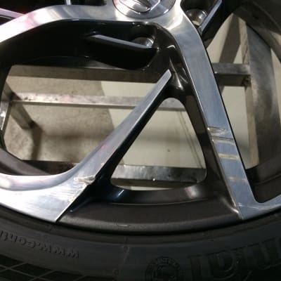 Honda NSX Diamond Cut Alloy Wheel Damage
