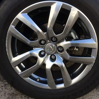 Lexus RX350 Shadow Chrome Wheel Damage