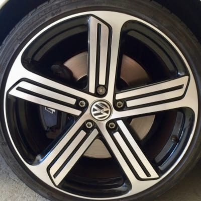 VW Golf Diamond Cut Alloy Wheel Damage Repaired