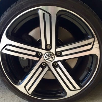 VW Golf Diamond Cut Alloy Wheel Damage
