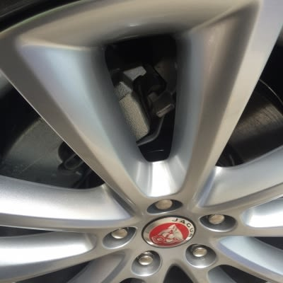Jaguar Wheel Curb Damage Repaired